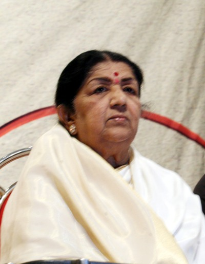 lata mangeshkar information After this incident, lata ji made it a tradition to organize one free show every year  as a tribute to her father.